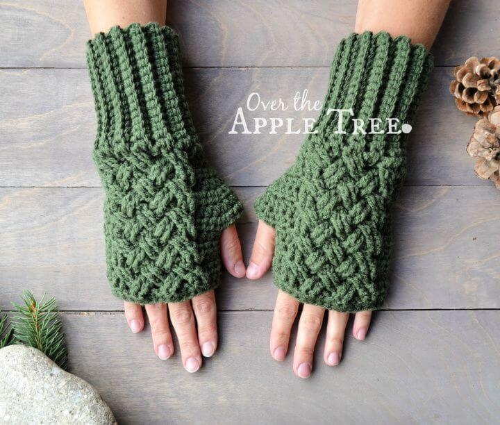 celtic weave gloves, how to crafts, crochet projects