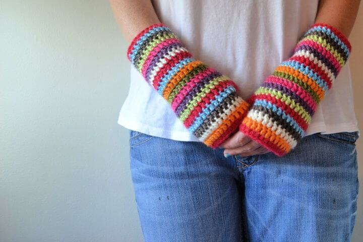 color stripey, fingerless mitts, how to crafts, ideas