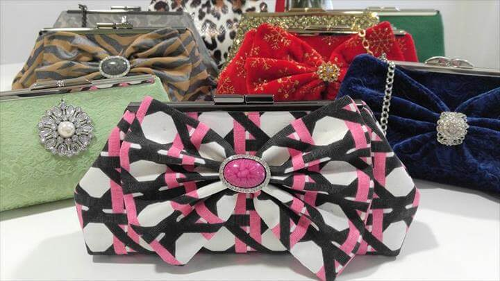 DIY Clutch Purse Tutorial, Diy Bags Purses, Purse Tutorial, Frame Purse, Clutch Purse, Diy Clutch, Diy Purse, Diy Sac, Bag Patterns To Sew, Bag Making, Tote Bags, Tejidos, Ideas, Wallets, Backpacks, Handbag Patterns, Backpack Purse, Coin Purses, Dressmaking, Cigarette Holder, Sewing, Diy Clutch, Diy Purse, Clutch Purse, Neon Clutch, Diy Evening Bags, Clutch Tutorial, Diy Tutorial, Diy Bags Purses, Bag Patterns To Sew, Satchel Handbags, Purses, Drawers, Coin Purses, Bags, Diy Coin Purse, Clutch Purse, Diy Purse, Diy Clutch, Diy Handbag, Diy Projects, Sewing Projects, Diy Leather Clutch, Leather Bag, Leather Accessories, Fabric Crafts, Wallet, Tutorials, Outfits, Fabric Purses, Leather, Fabrics, Make A Purse, Backpack Purse, How To Make, Sacks, diytomake, Clutch Purse, Diy Clutch, Diy Purse, Bag Tutorials, Sewing Tutorials, Sewing Projects, Sewing Patterns, Quilting Projects, Sewing Ideas, Felting, Purses, Fabrics, Couture Sac, Pouch, Accessories, Clutch Bags, Hand Bags, Factory Design Pattern, Diy Coin Purse, Tuto Sac, Diy Handbag, Diy Purse, Clutch Purse, Diy Clutch, Clutch Handbags, Diy Pochette, Handmade Bags, Handmade Clutch, Diy Fashion, Sewing Tips, Bricolage, Diy, Gifts, How To Make Crafts, Tricot, Pencil Cases, Good Ideas, Satchel Handbags, Hand Bags, Table Toppers,