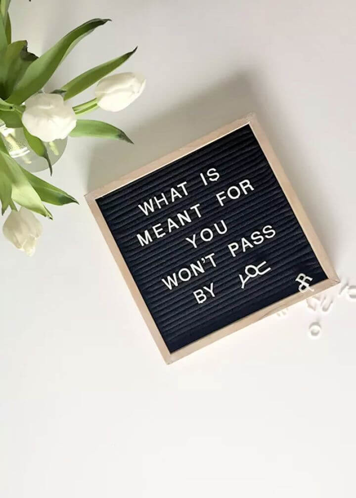 dorm room decor, diy felt letter board, diy crafts and projects, how to