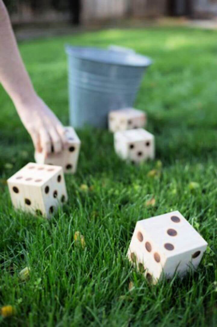 diy yard yahtzee, diy crafts, diy ideas, crafts for summer 2019