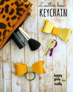 faux leather, bow keycheins, crafts to make money, crafts to sell,