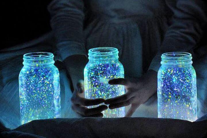 glowing mason jars, glowing ideas, crafts with mason jars