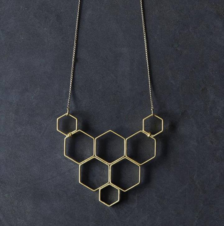 Necklace DIY lead, Jewelry Necklaces, Diy Jewelry, Handmade Jewelry, Beaded Jewelry, Jewelry Design, Jewelery, Jewelry Making, Diy Choker, Diy Necklace,Diy Jewelry, Jewelry Design, Jewelry Making, Jewelry Accessories, Make Your Own, Make It Yourself, How To Make, Hardware Jewelry, Honeycomb,Home Economics, Honeycomb, Diy Necklace, Make Your Own, Diy Jewelry Necklace, Diy Collares,Diy Jewelry To Sell, Jewelry Making Tutorials, Jewelry Crafts, Opal Jewelry, Beaded Jewelry, Fine Jewelry, Diy Fashion, Fashion Jewelry, Homemade Jewelry, Washer Bracelet, Cute Necklace, Curtains With Rings, Old Shirts, Homemade Gifts, Diy Shirt, Jewelry Crafts, Handmade Necklaces, Jewelery,Washer Crafts, Hardware Jewelry, Diy Pins, Washer Necklace, Diy Fashion, Jewelry Crafts, Jewelry Making, Beads, Diy Crafts,Washer Necklace, Mother's Day Diy, Clothes Crafts, Gifts For Mom, Handmade Gifts, Mom Presents, Presents For Mom, Craft Gifts, Homemade Gifts,