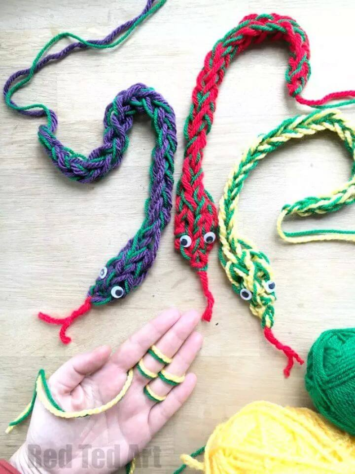 creative activities, creative ideas, finger knit crafts, how to make