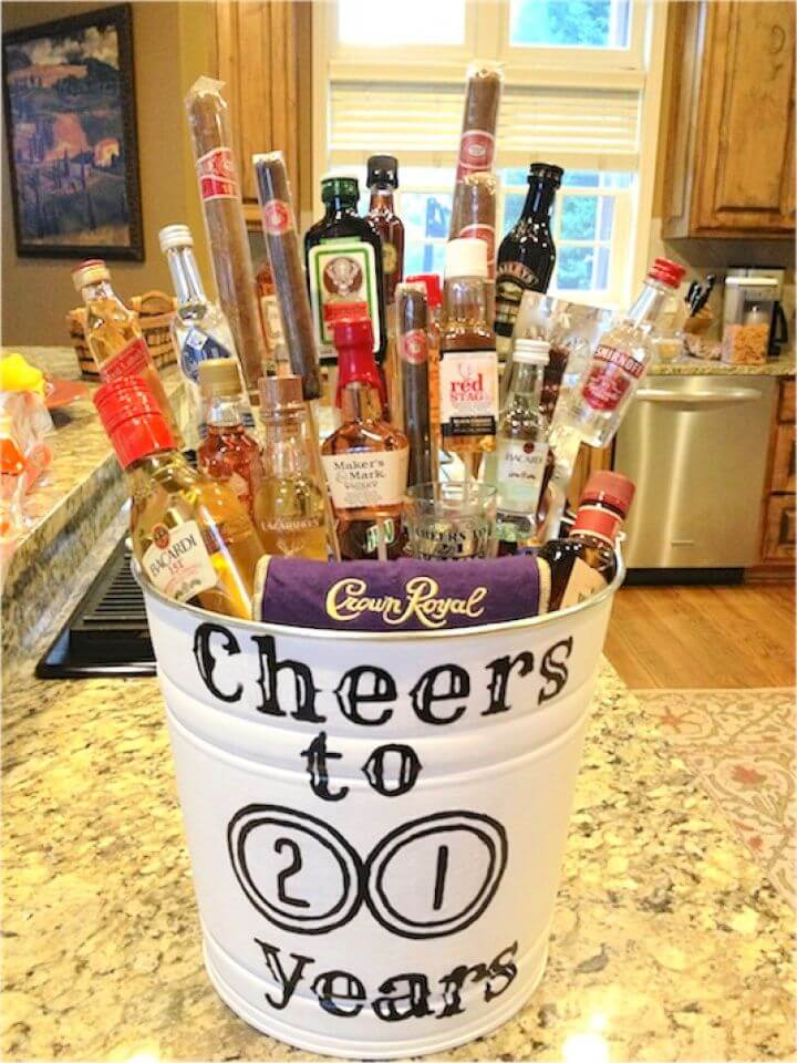 birthday gifts, gifts ideas, liquor bouqet fun, gift ideas, do it yourself,