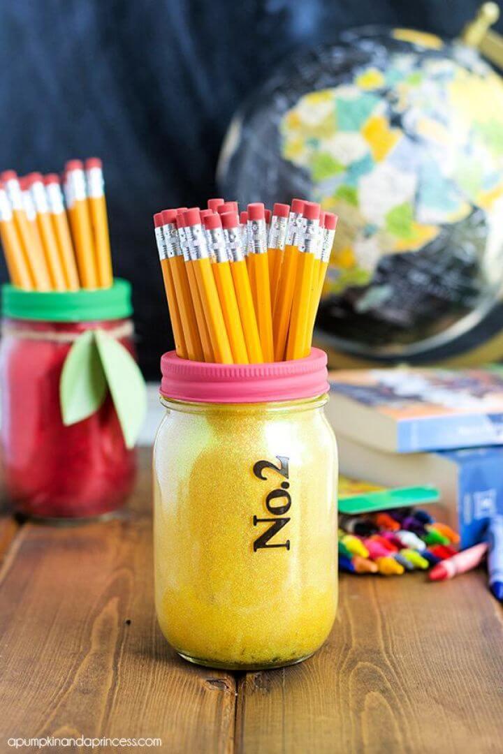 mason jars, teacher decor ideas, how to, https://www.creativediys.com/