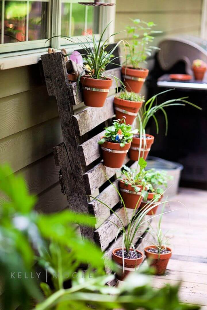 diy crafts and projects, how to, diy ideas, diy pallet for garden