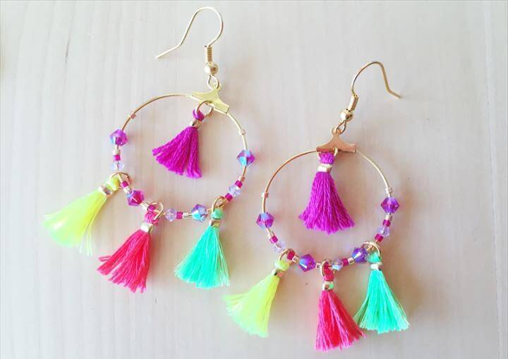 Summer Mini tassel earrings jewellery, Tassle Earrings Diy, Diy Tassel Earrings, Diy Wedding Projects, Jewelry Trends, Anniversary Gifts, Gifts For Kids, Party Planning, Birthday Gifts, Boho Chic, Tassels, Tassel Earing, Diy Jewelry, Tassel Jewelry, Handmade Jewelry, Beaded Jewelry, Jewelry Design, Jewelry Ideas, Jewelery, Diy Tassel, Tassel Earrings, Bunt, Jewelry, Summer Diy, Tassels, Hobbies, Hand Crafts, Summer, Hair Styles, Tassels, Tassel Earrings, Fashion Teens, Diy Tassel Earrings, Beaded Earrings, Summer Diy, Jewelry Crafts, Handmade Jewelry, Jewelry Patterns, Diy For Kids, Diy Shirt, Jewelry Design, Summer Fashion For Teens, Diy Fashion, Diy Crafts For Teens, Diy Craft Projects, Sewing Projects, Diy Clothes, Diy Jewelry, Jewelry Making, Chandelier Earrings, Diy Furniture Projects, Summer Diy, Diy Art, Diy Fashion, Creations,