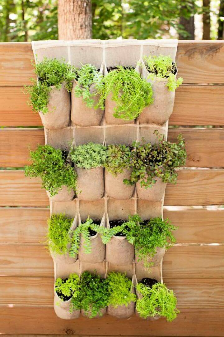 do it yourself, hanging pocket, garden ideas, hanging ideas, garden projects,