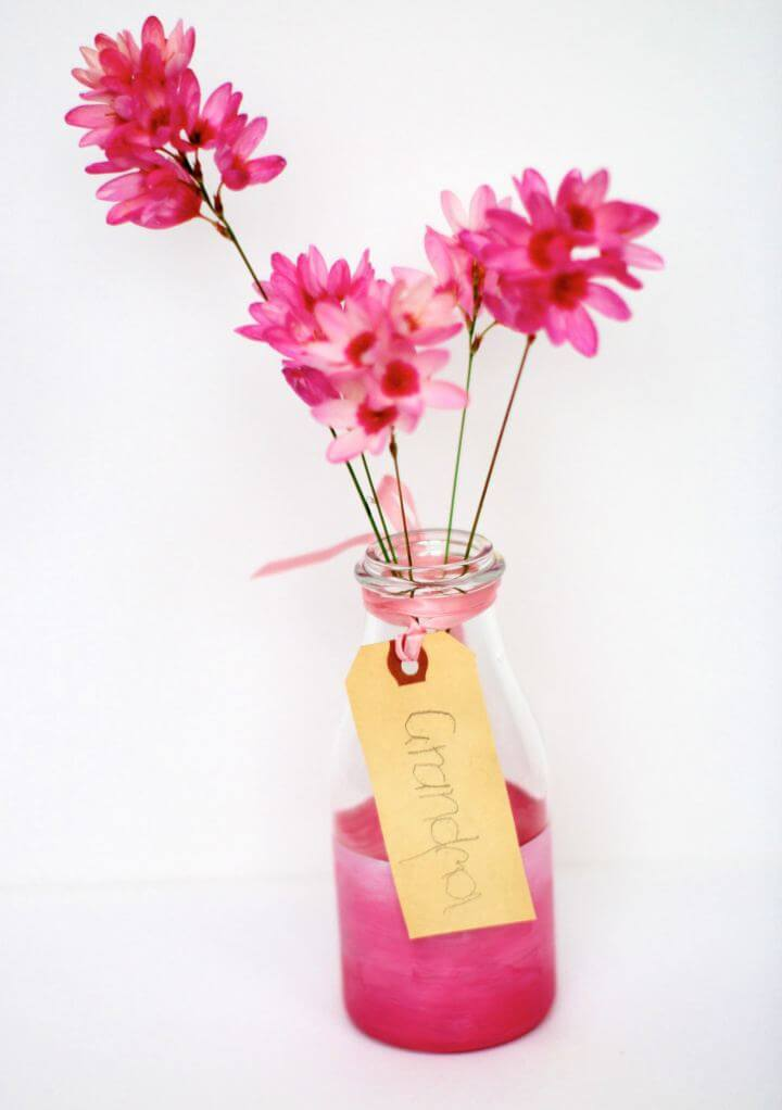 Create A DIY Pink Painted Glass Vases For Living Room
