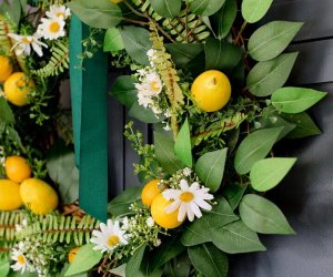 Cute DIY Dollar Store Spring Wreath