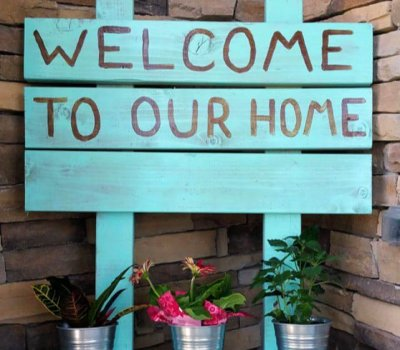 Cute DIY Front Porch Welcome Sign, do it yourself, signs for home, home improvements,