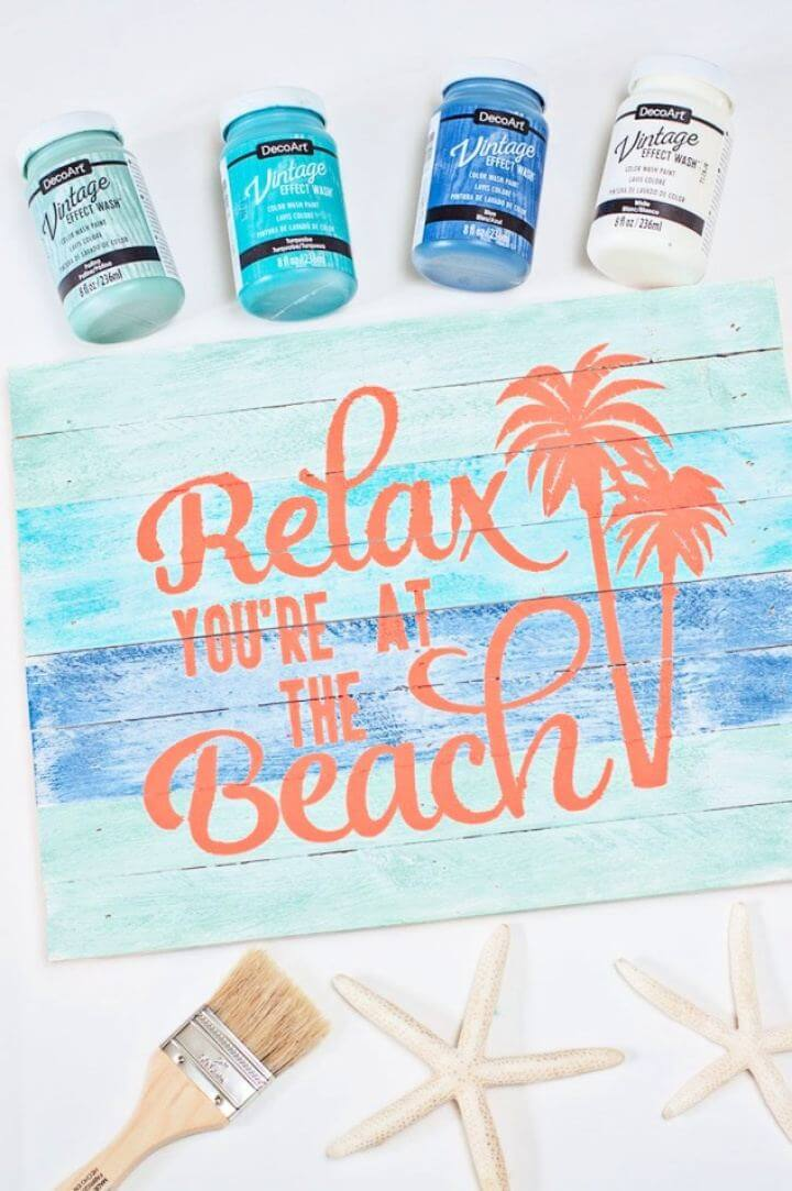 DIY Beach Pallet Sign with Vintage Effect Wash