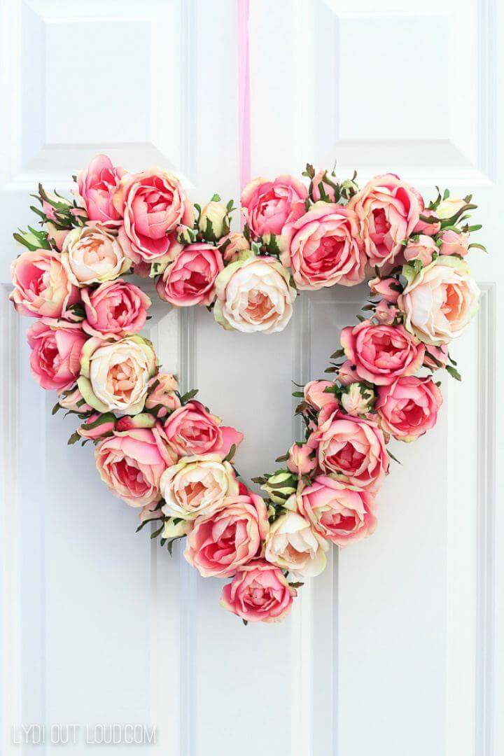 DIY Floral Valentine's Day Spring Wreath