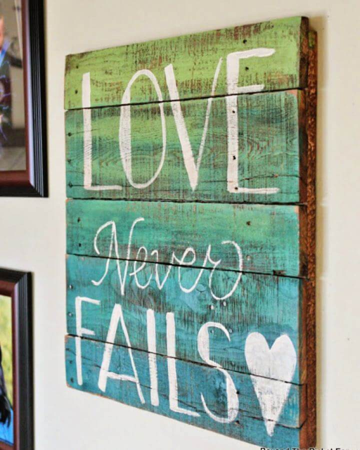 DIY Two Color Ombre Wood Pallet Sign