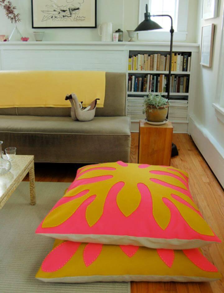 Easy DIY Hawaiian Style Felt Floor Pillows For Home