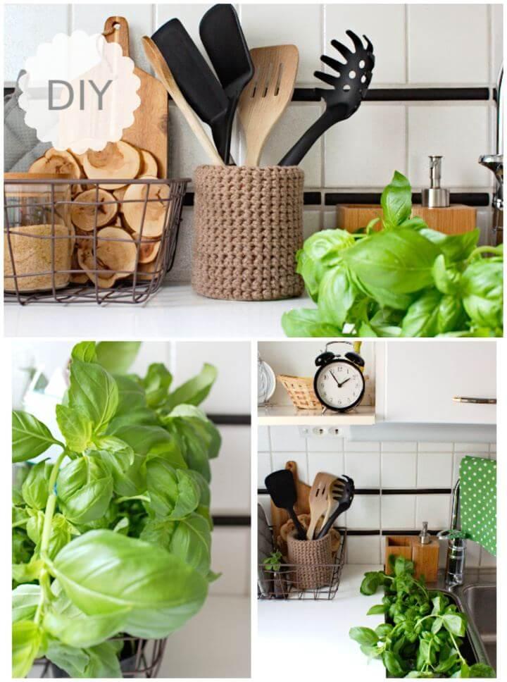 Easy DIY Kitchen Utensil Holder