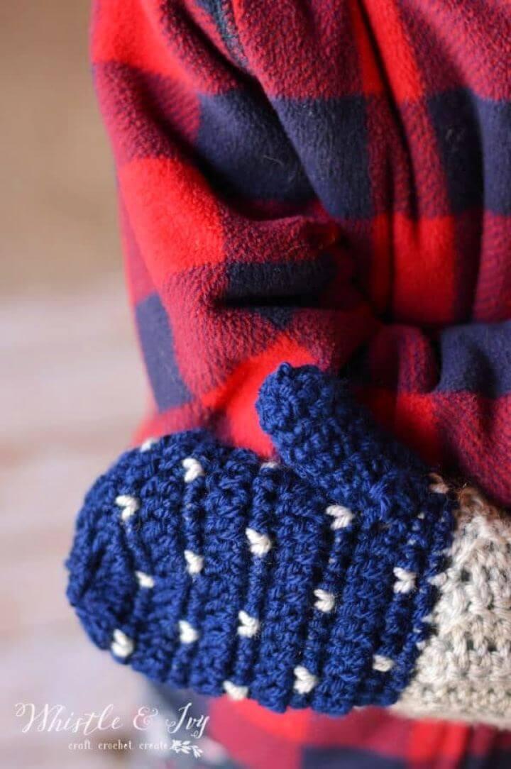 Free Snowfall Crochet Mittens