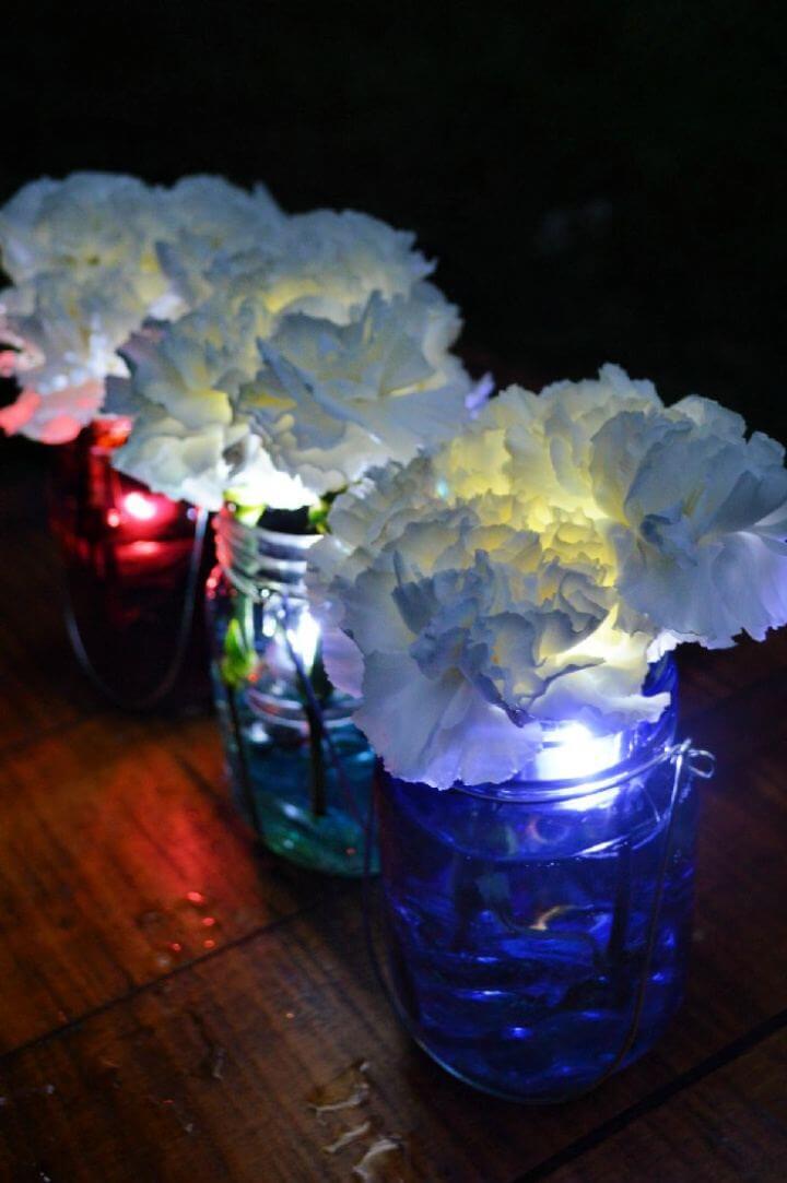 How To DIY 5 Minute Patriotic Mason Jar Light