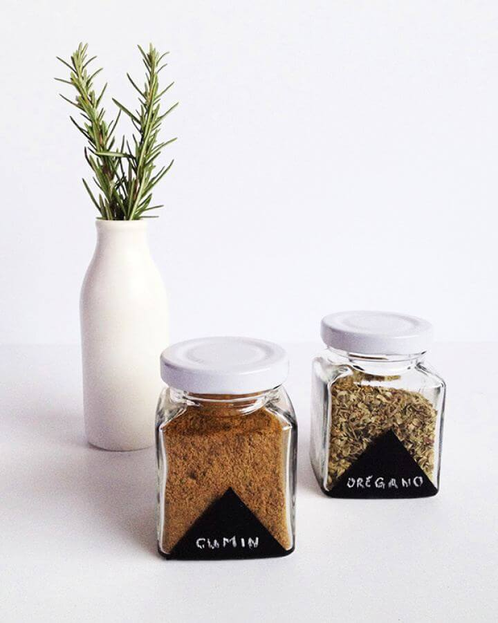 How To DIY Chalkboard Painted Spice Jars