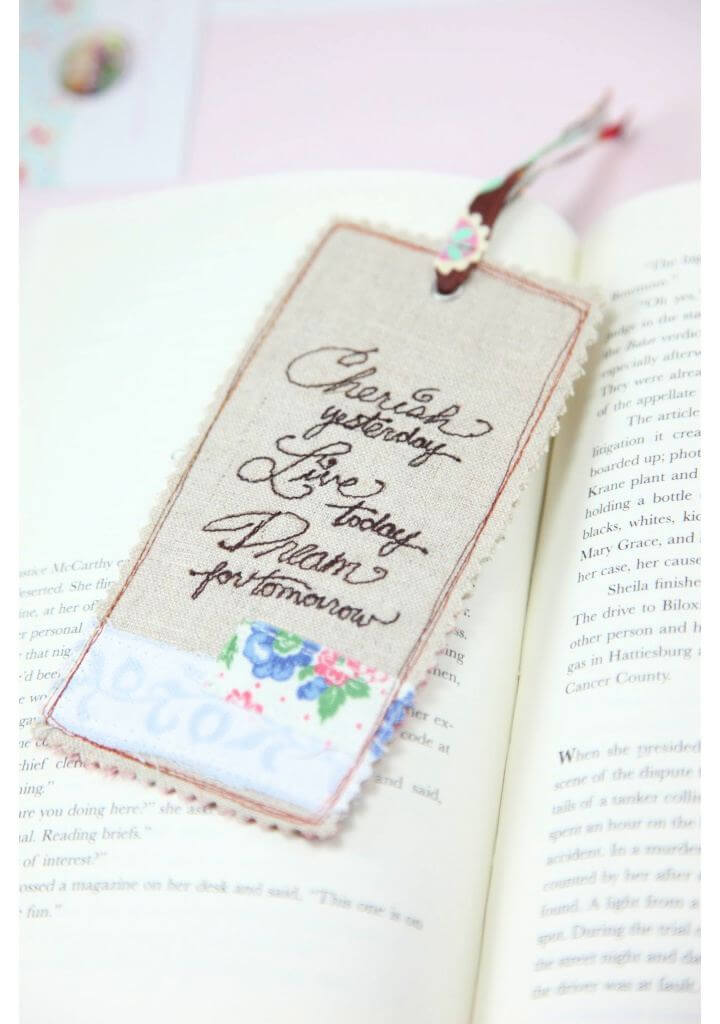 How To Make DIY Linen Bookmarks