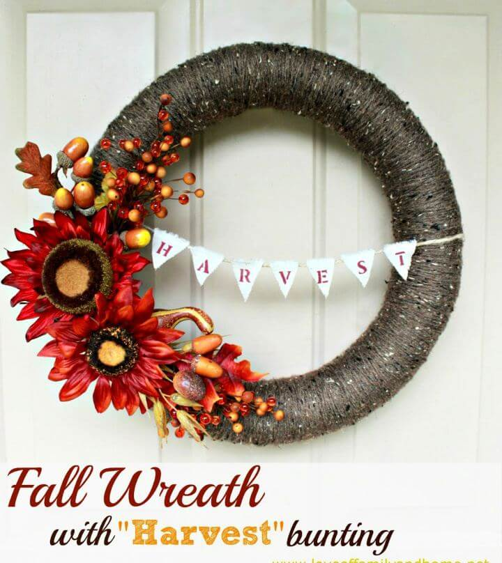 Make Fall Door Wreath With Harvest Bunting