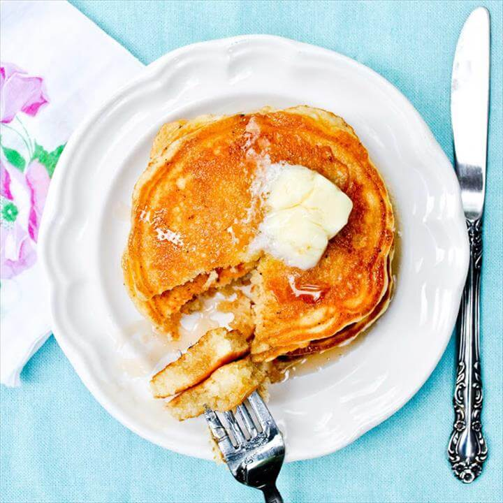 Perfect Fluffy Buttermilk Pancakes
