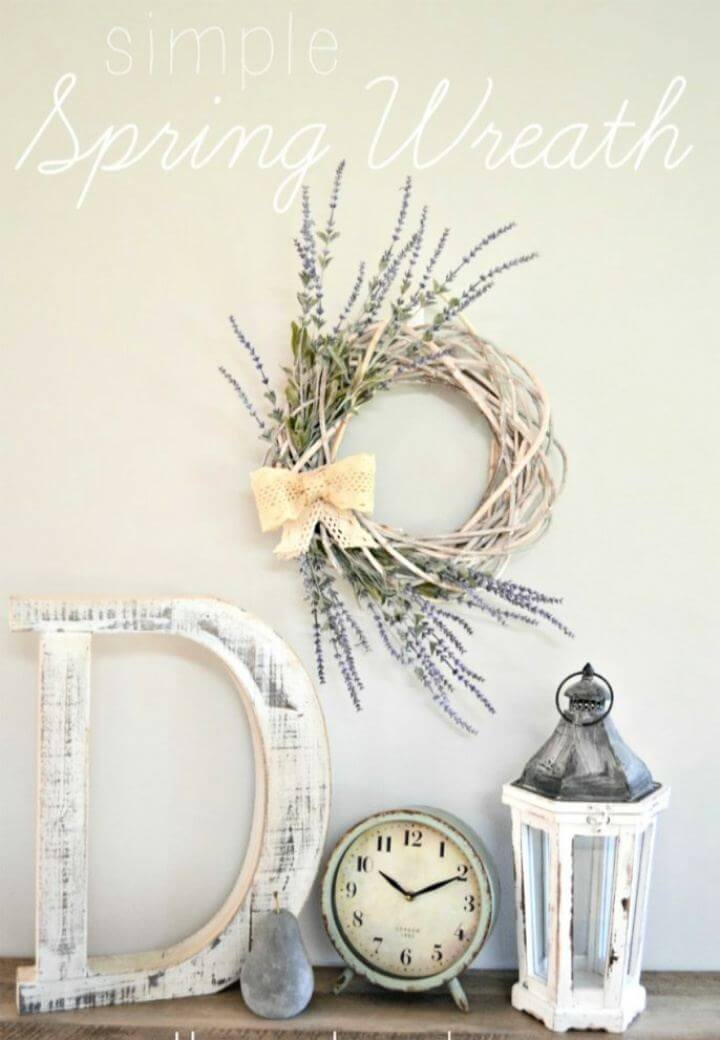 Simple DIY Farmhouse Spring Wreath