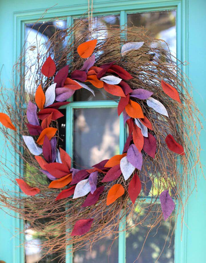 Simple DIY Felt Leaf Door Wreath For Fall