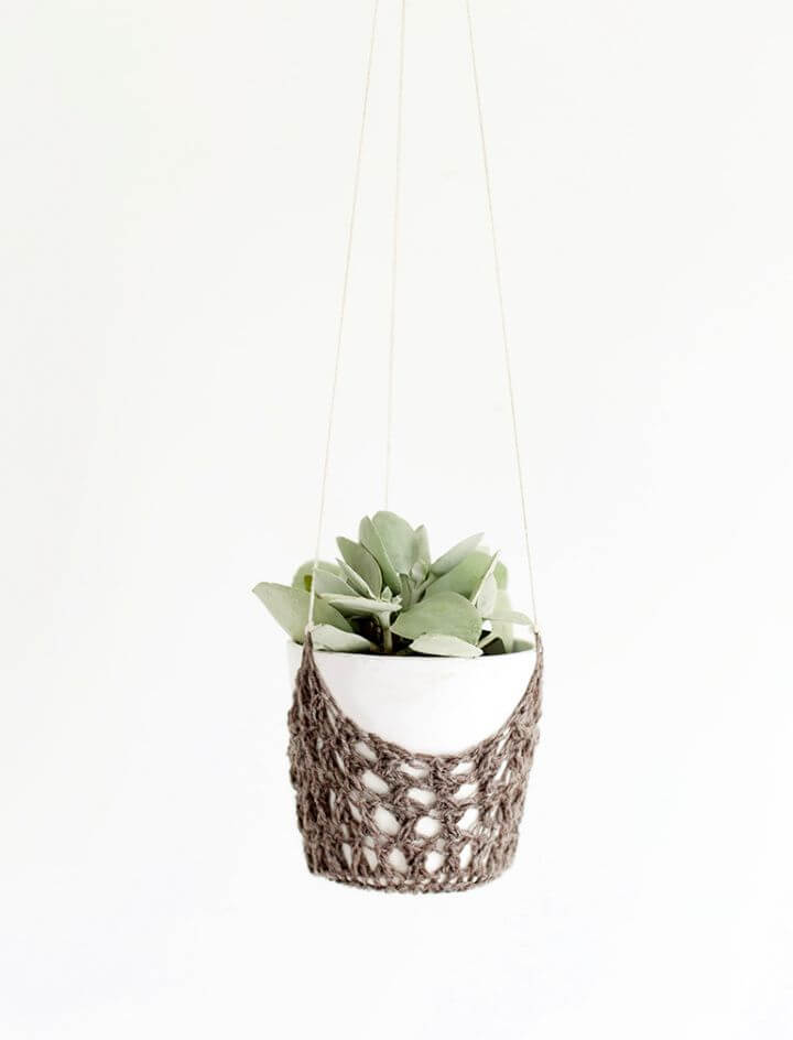 Best DIY Crochet Hanging Planter