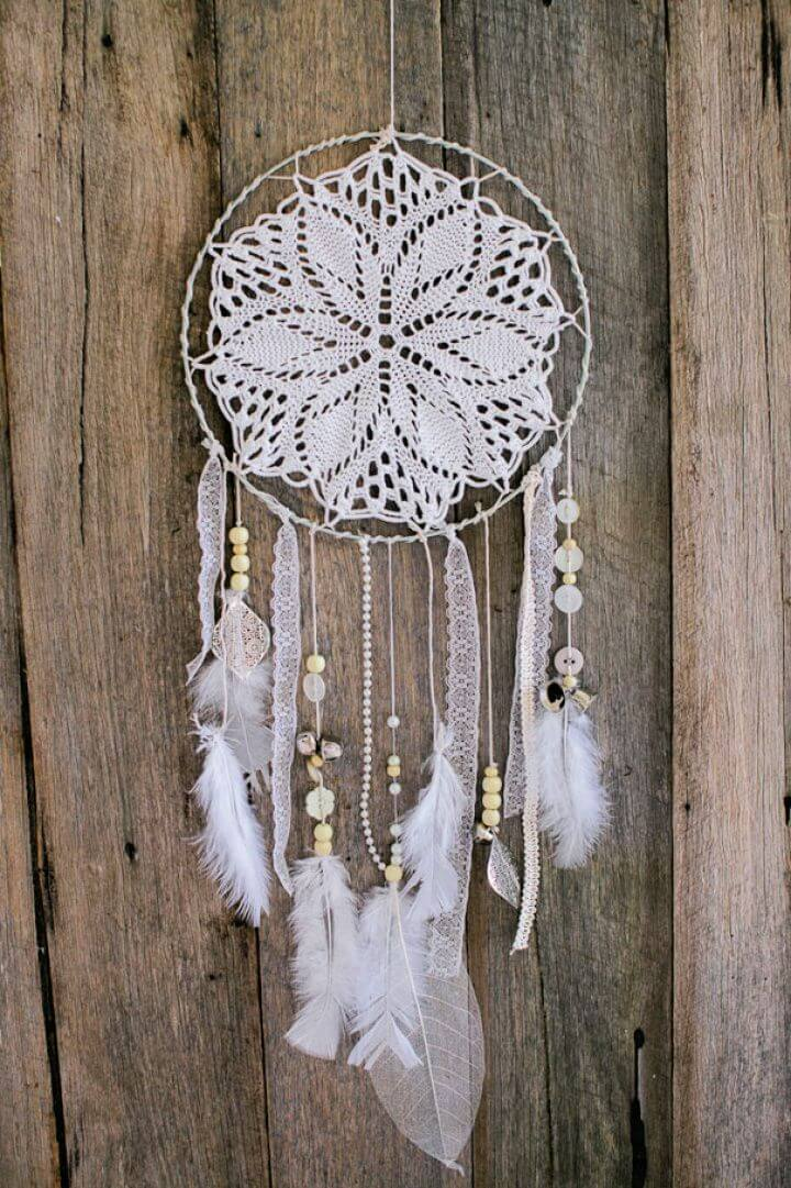 Build Your Own DIY Dreamcatcher