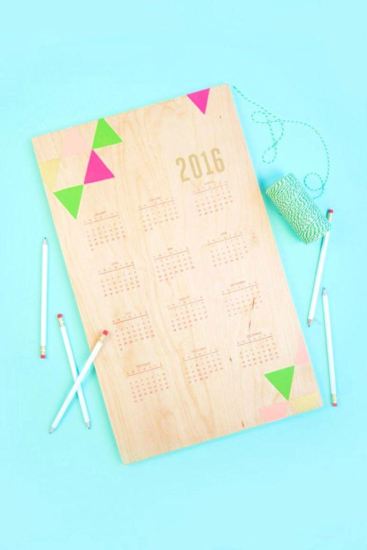 DIY Handstamped Wood Calendar