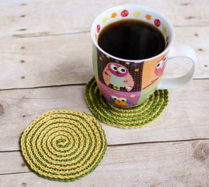 DIY Summer Spiral Crochet Coasters Pattern