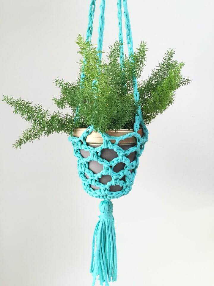 Free Crochet Hanging Planter