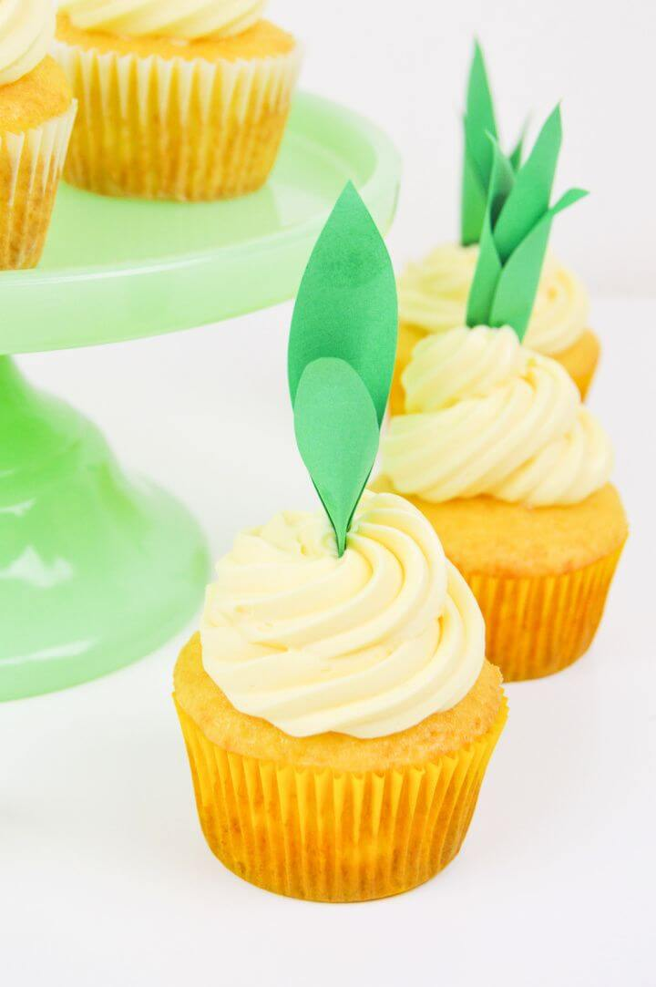 Create A DIY Pineapple Cupcake Toppers