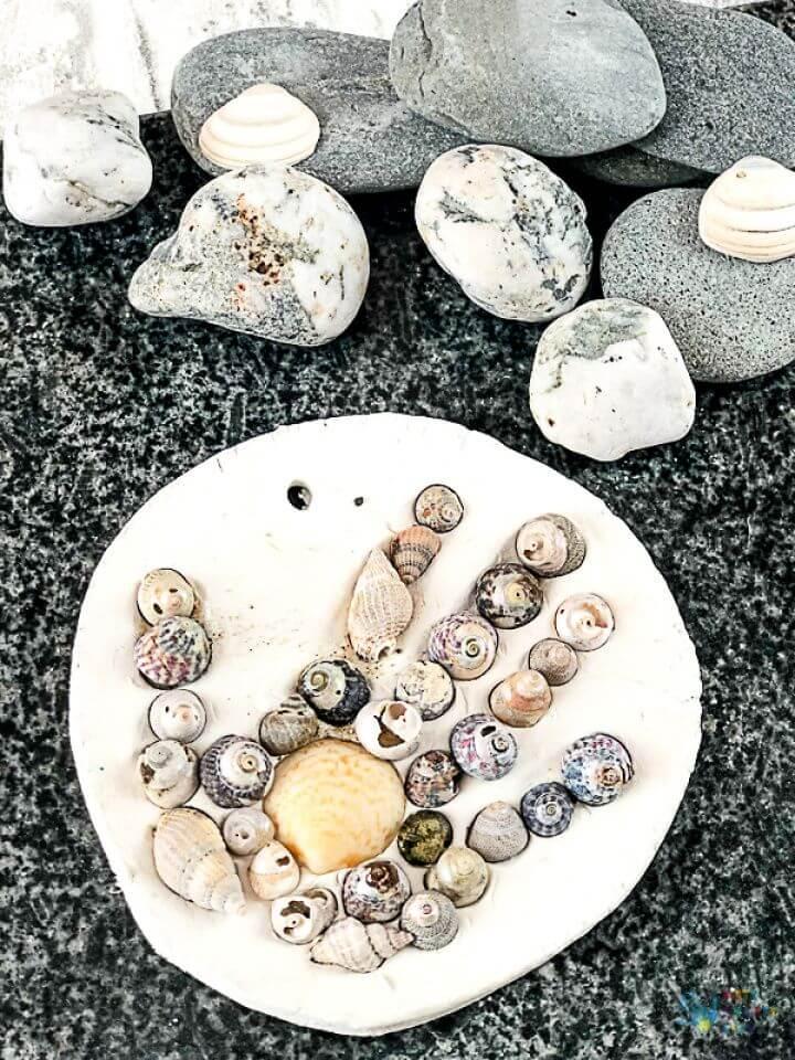 DIY Handprint Shell Keepsake
