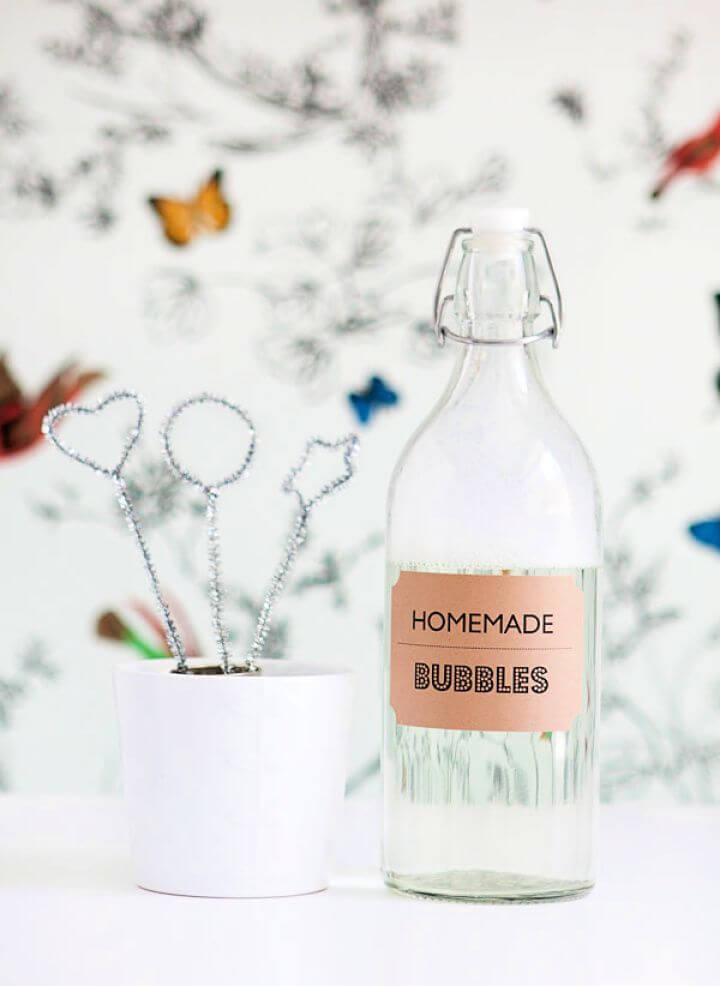 DIY Homemade Bubble Solution And Blowers
