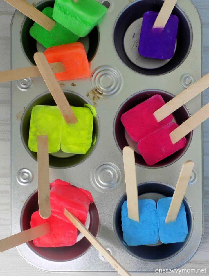 How To Make Your Own A DIY Ice Painting