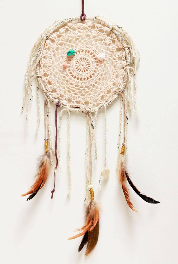 Best DIY Dreamcatcher For Home Decor