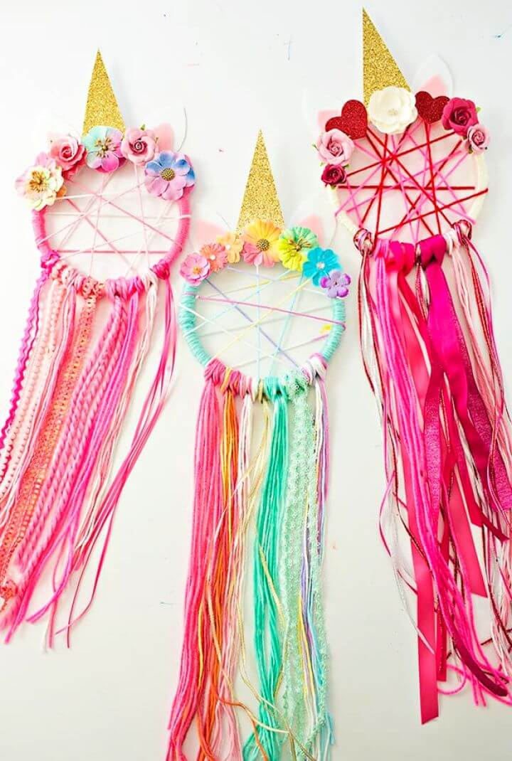 Build DIY Unicorn Dreamcatcher For Home