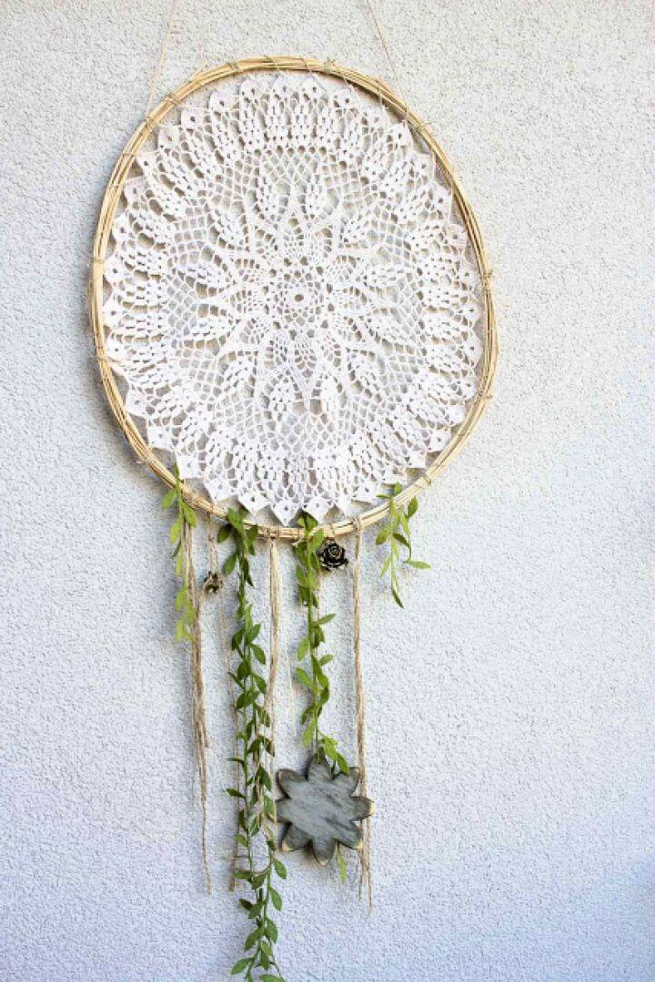 Create A DIY Dream Catcher Wall Decor