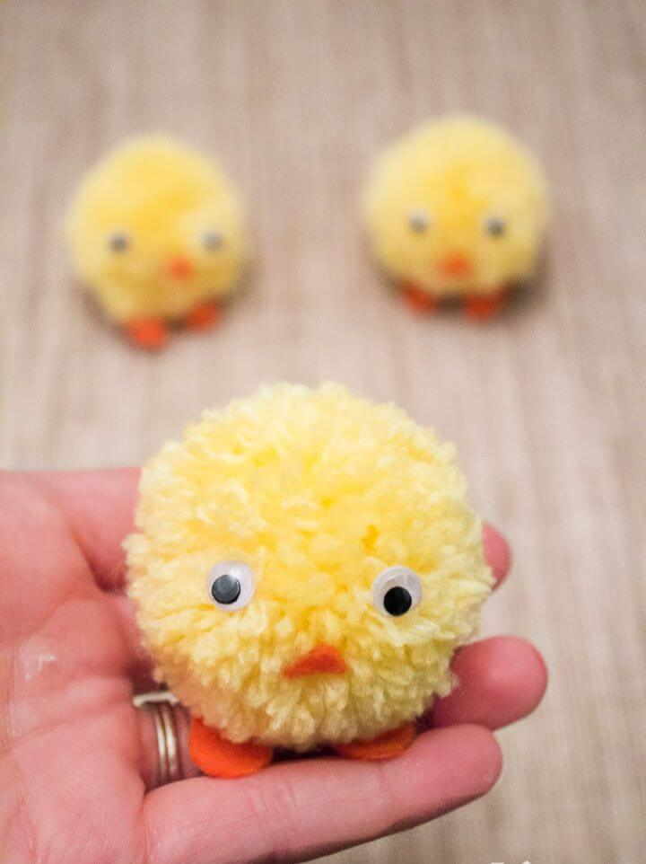 Create A DIY Pom Pom Chicks For Easter