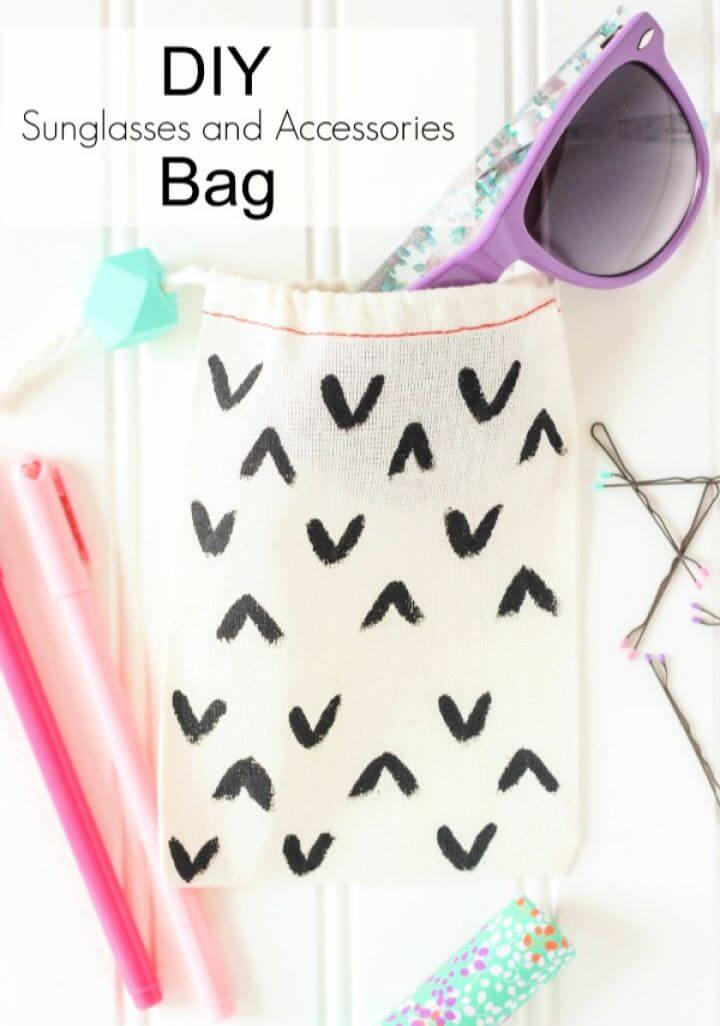 Easy DIY Sunglasses and Accessories Bag