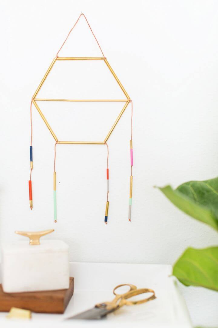 How To Create Your Own DIY Dreamcatcher For Home