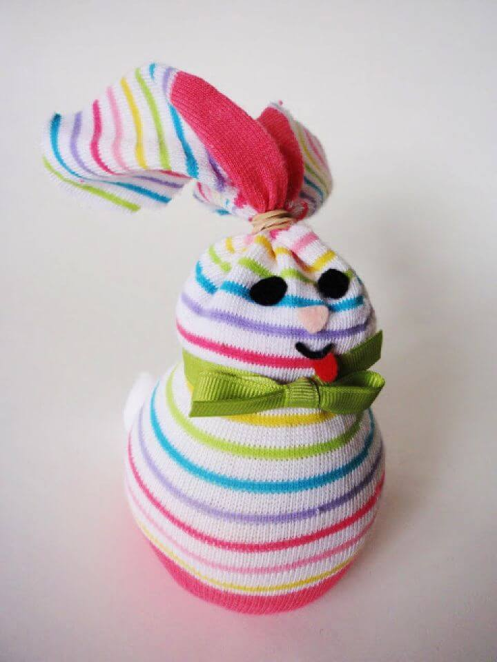 How To DIY Little Bunnies Made From Socks