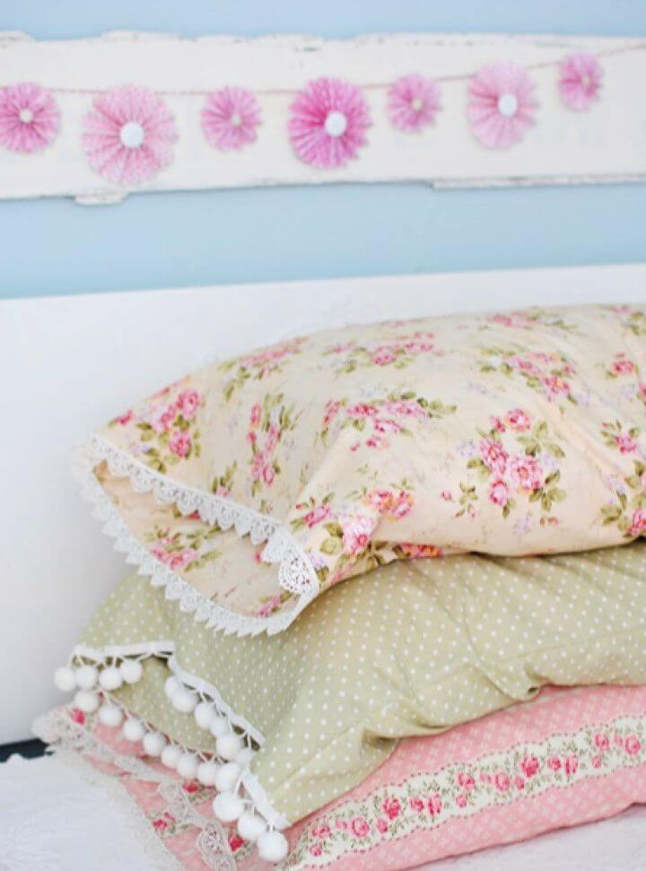 How To DIY Vintage Style Pillow Cases