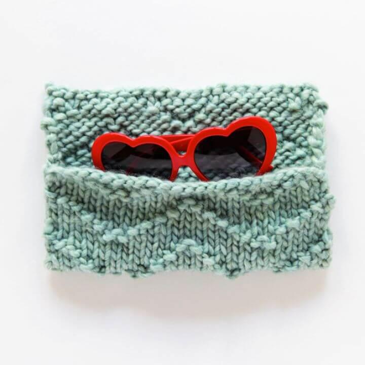 Make A DIY Chevron Sunglasses Case Knitting Pattern