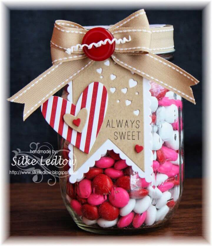 Beautiful Paper Craft And Mason Jar Gift Idea For Valentines