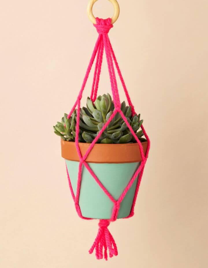 Best DIY Macrame Yarn Plant Hangers